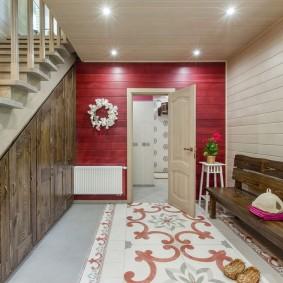 отделка стен прихожей в частном доме фото декор