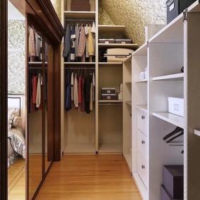 гардеробная 4 кв м в спальне