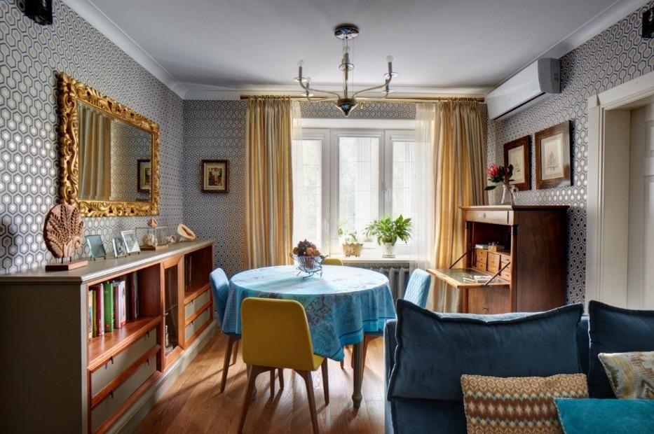 Расположение обеденного стола в гостиной комнате