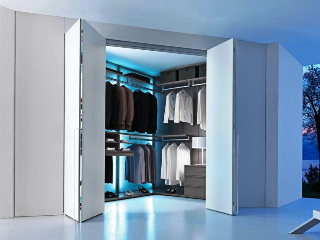 гардеробная 4 кв м в гостиной