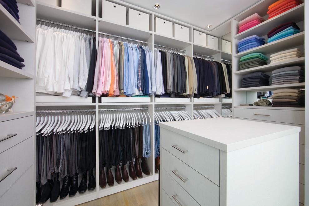 39095 Варианты стиля и дизайна в гардеробной комнате