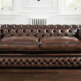 диван в гостиную честерфилд
