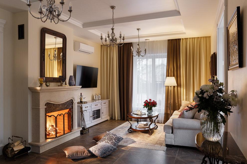 Расположение телевизора в гостиной с настоящим камином