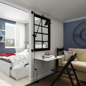 Окно внутри межкомнатной перегородки в квартире