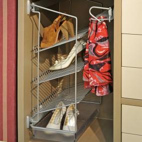 Выдвижная секция с поддоном для сушки обуви