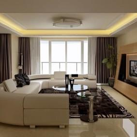 Вместительный диван с обивкой светлого цвета