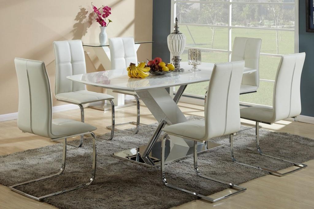 42372 Принципы выбора дизайна столов и стульев в интерьер гостиных комнат
