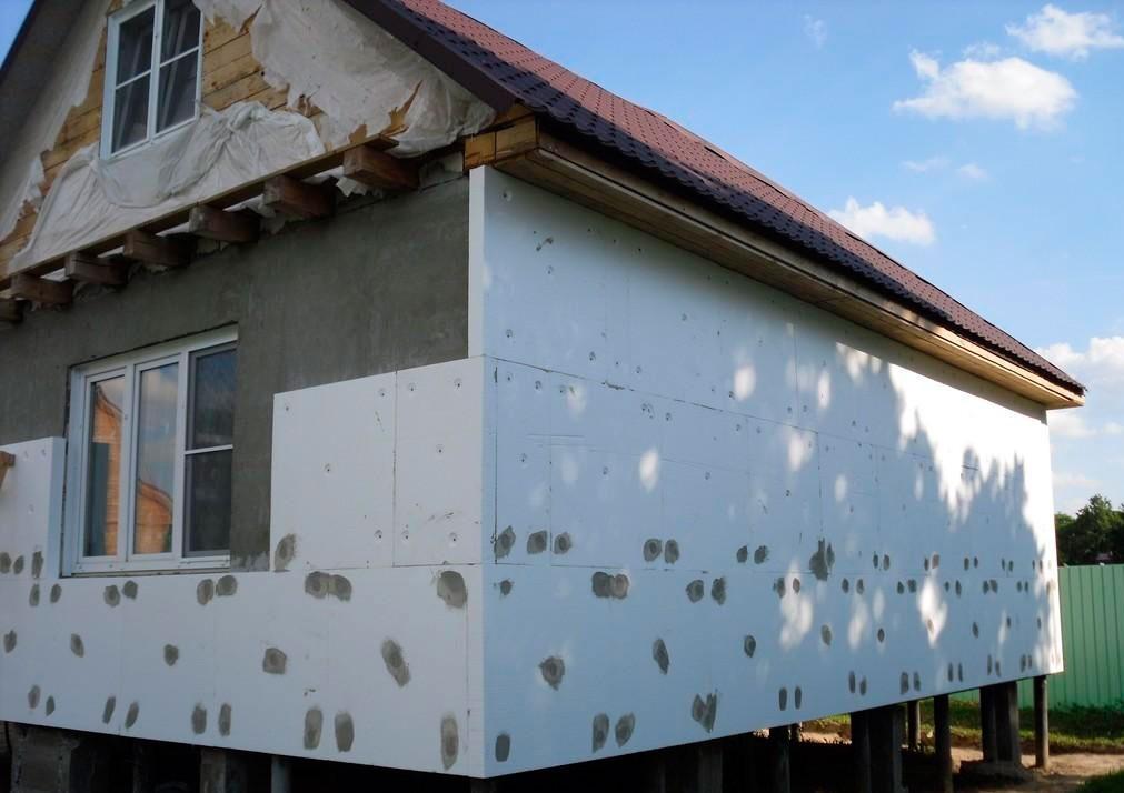 Особенности утепления наружных стен по технологии «мокрый фасад»