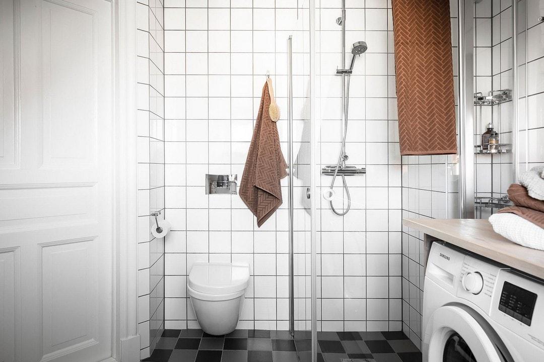 маленькая ванная на мансарде