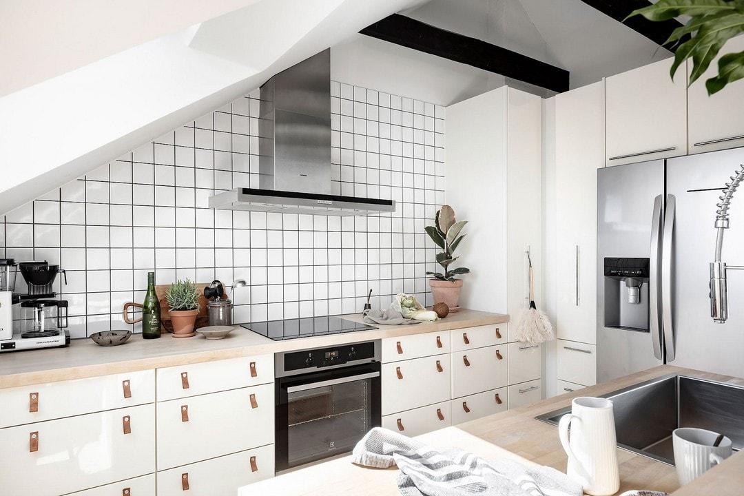 кухня-гостиная на мансарде