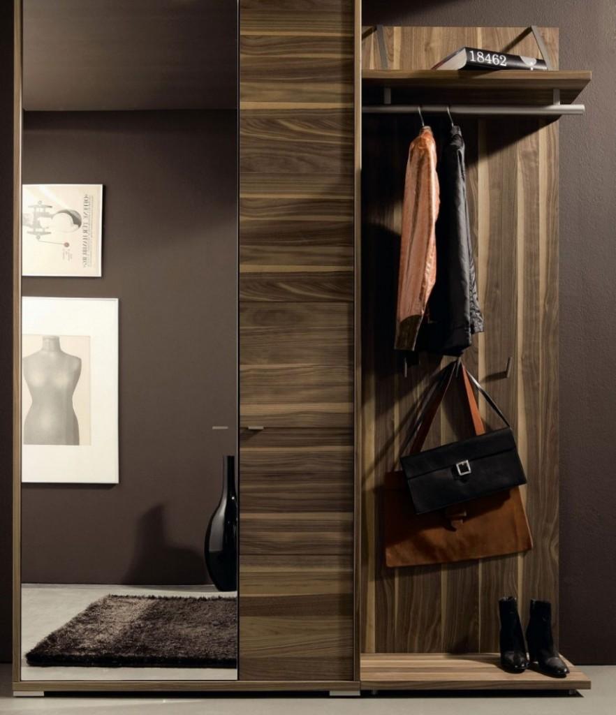 Шкаф с вешалкой в прихожей стиля хай-тек