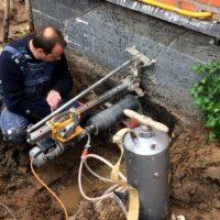 44524 Как вывести канализационную трубу из уже построенного дома