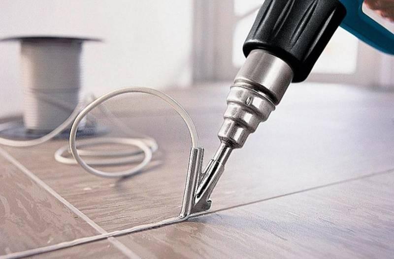 Как спаять линолеум с помощью специальных инструментов и подручных средств домашнего мастера