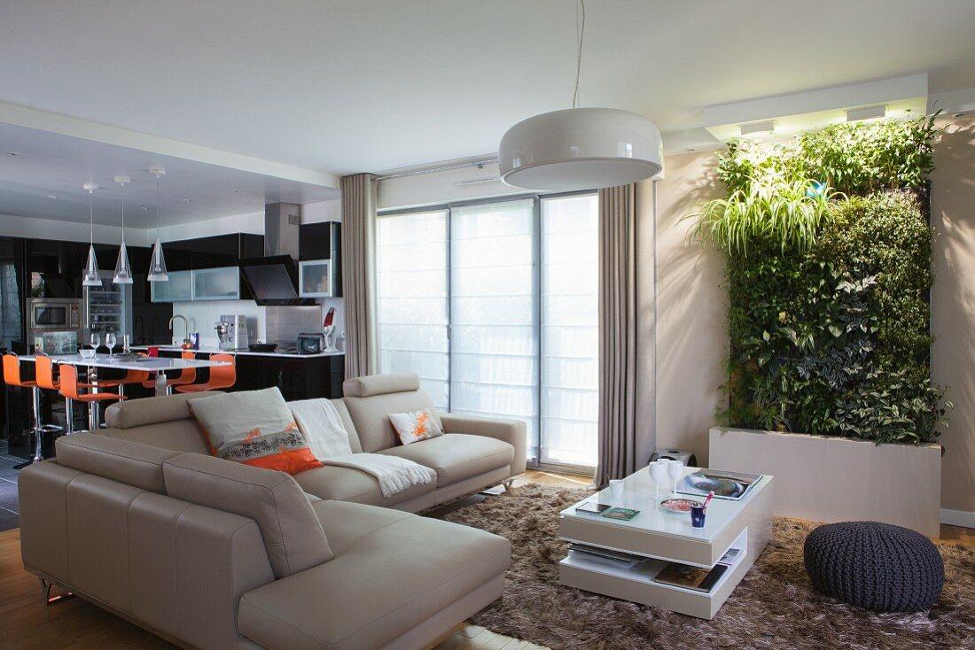 как правильно поставить угловой диван в комнате