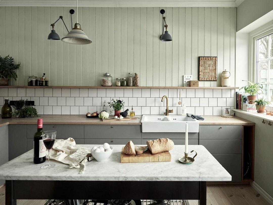 Ставка на легкость: простой дизайн кухни
