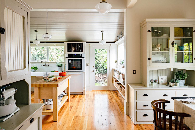 кухня в стиле винтажной классики