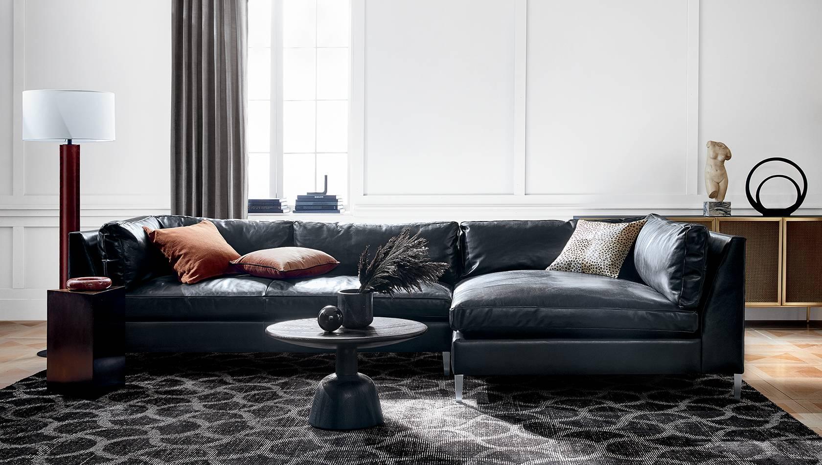 кожаный диван для гостиной
